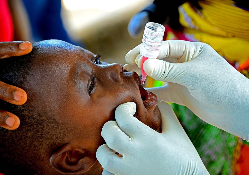 Polio vaccinations for children in Liberia